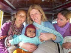 Baby sitting in India - Donna, Sadhya, Nilong & baby